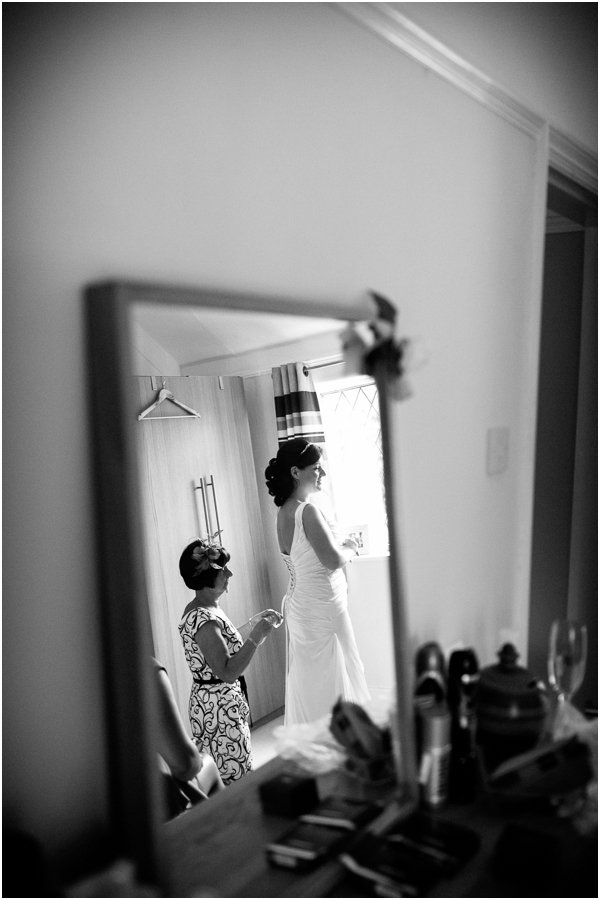 bride wedding preparation